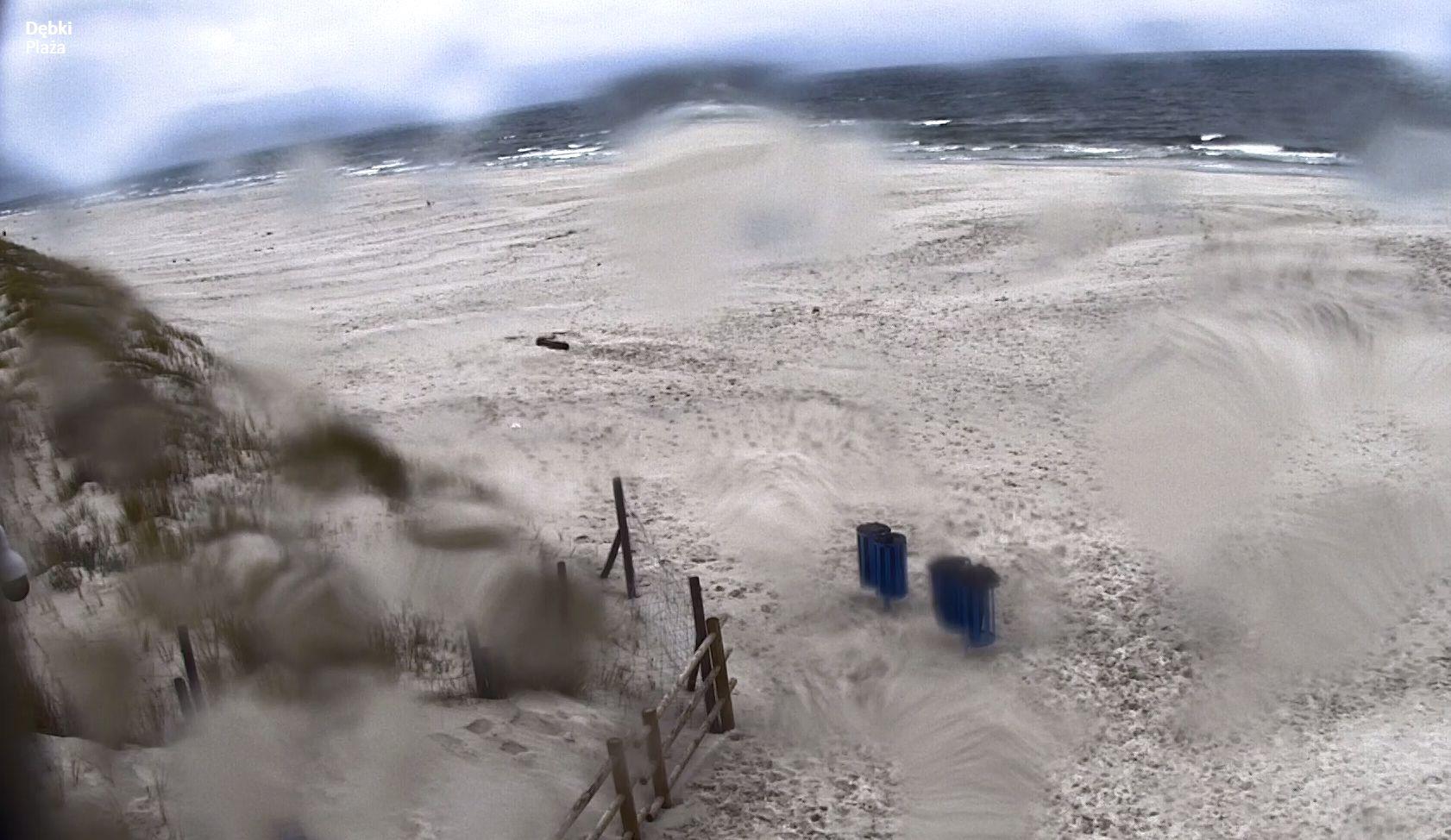 Dębki, plaża