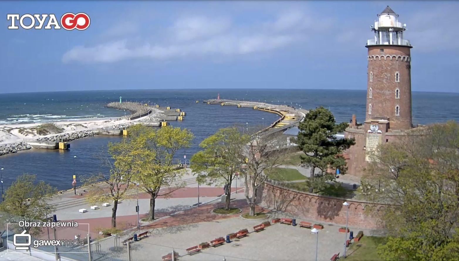 Kołobrzeg, wejście do portu